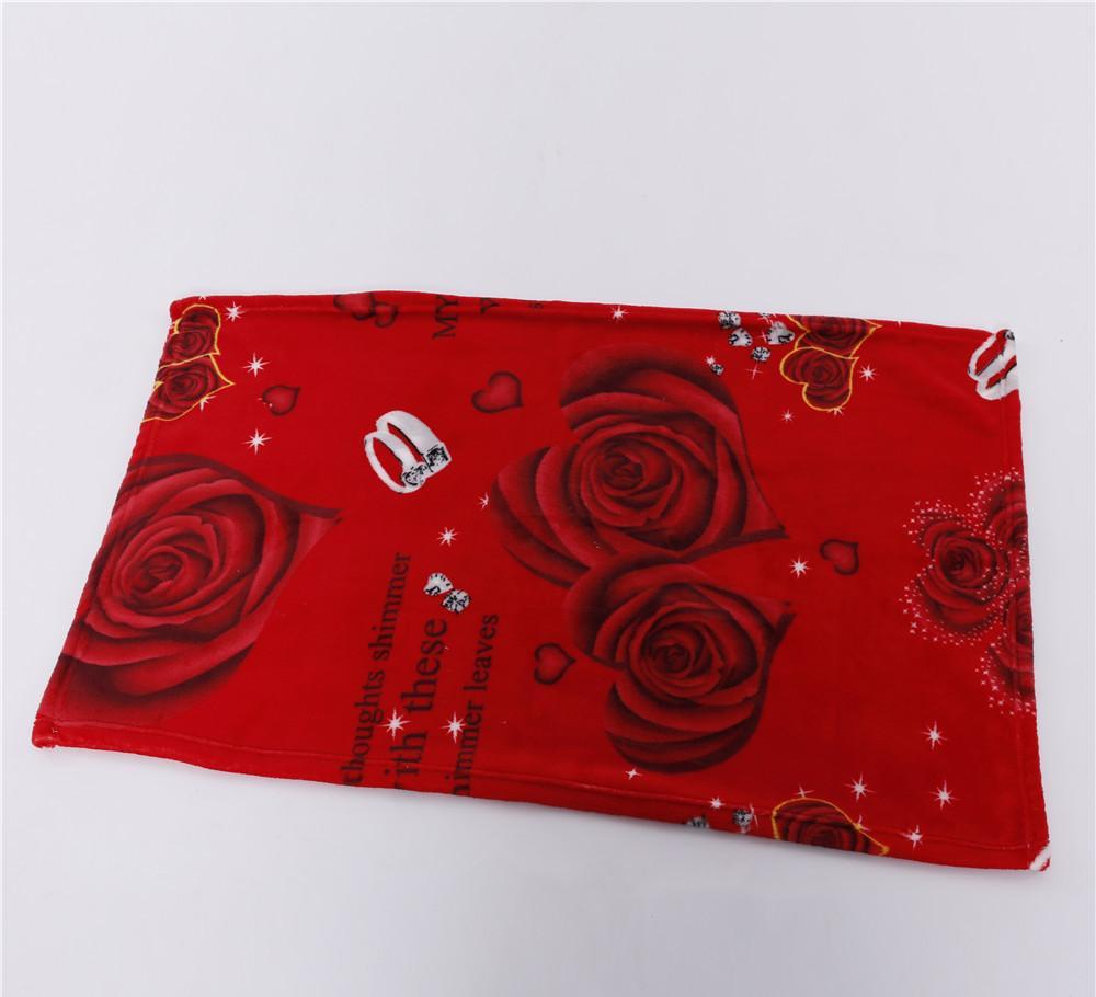 厂家直销双心玫瑰印花绒毯 喜庆红色毯子空调毯 床上用品珊瑚绒毯