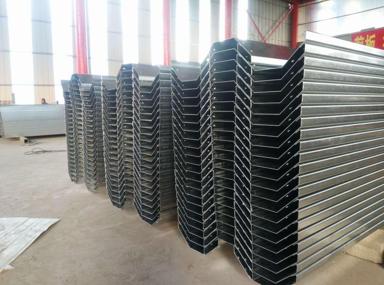 绿州温室配件有限公司专业承建温室天沟,山东温室天沟