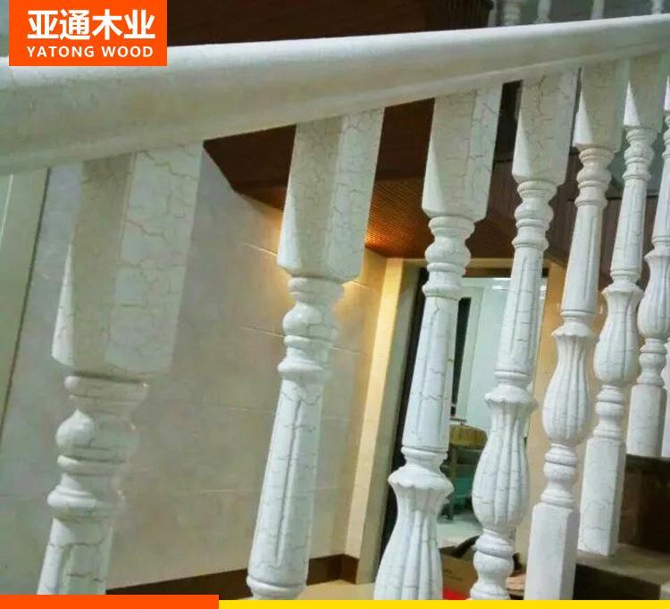 厂家直销实木楼梯立柱扶手 欧式水曲柳可雕花小柱 白色开裂漆栏杆