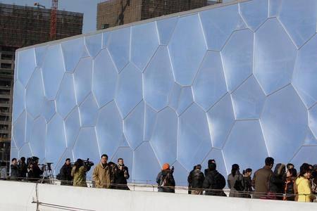 [盛盈钢膜结构工程]气枕膜制造专家——气泡膜结构安装