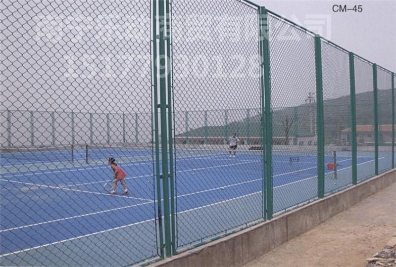 南宁运动场围栏网上哪买比较好,广西球场围栏网安装