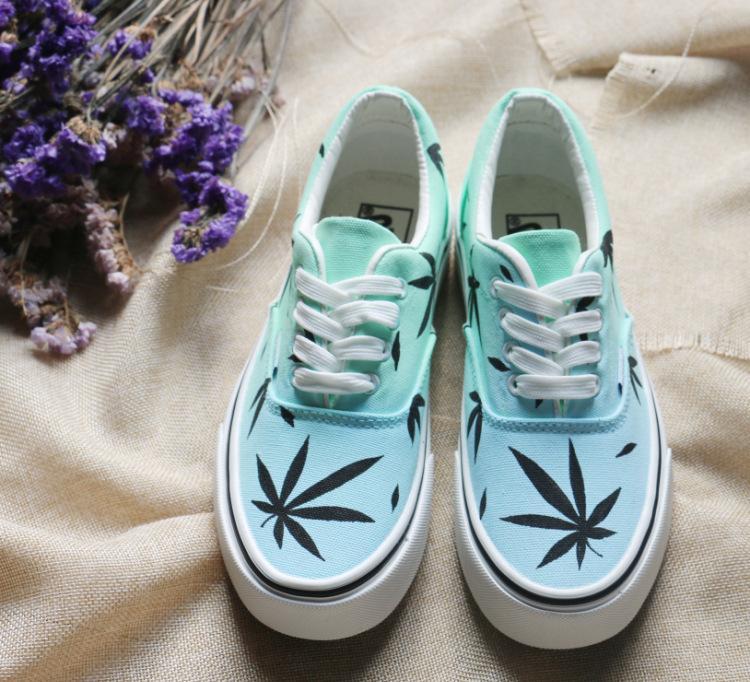 春秋 低帮手绘涂鸦帆布鞋日韩版休闲平底板鞋森女手绘麻叶滑板鞋