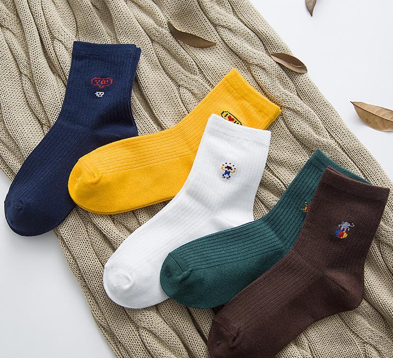 印花时尚学院风森系文艺女生长袜 纯棉透气舒适运动中筒卡通袜子