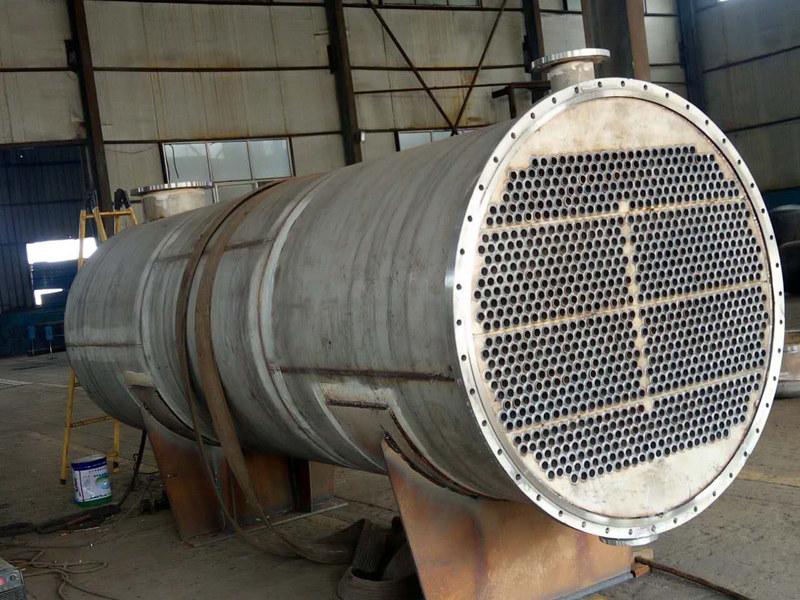 买换热器当选山东金鹏翔重工装备-导热油换热器